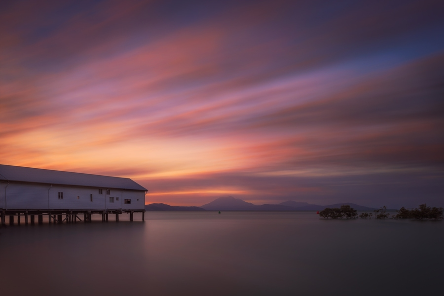 ultra long exposure photography with clouds