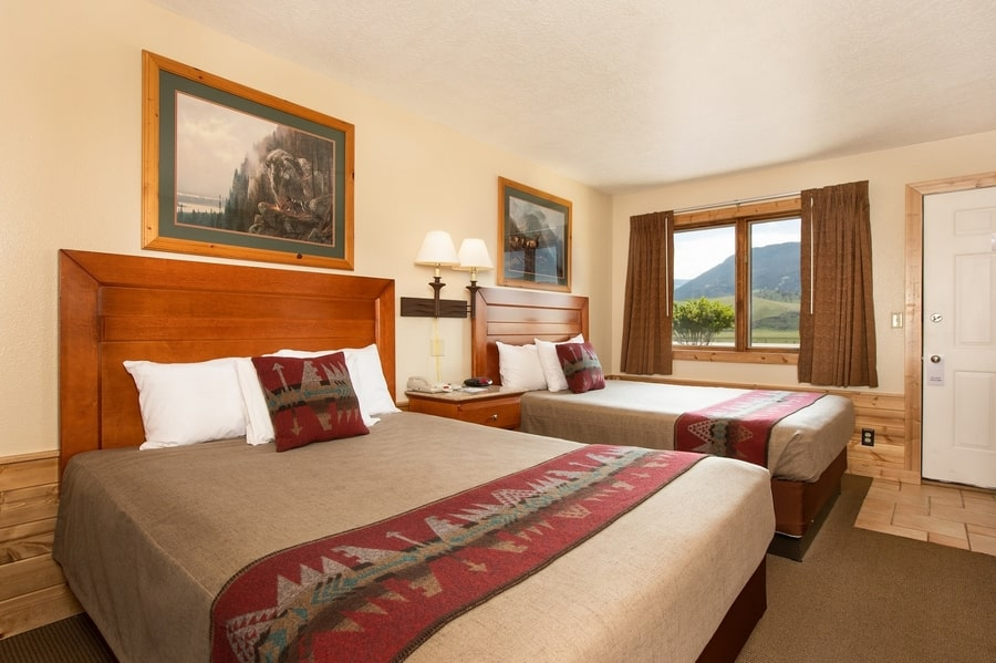 Flat Creek Inn, where to stay near the Grand Teton National Park