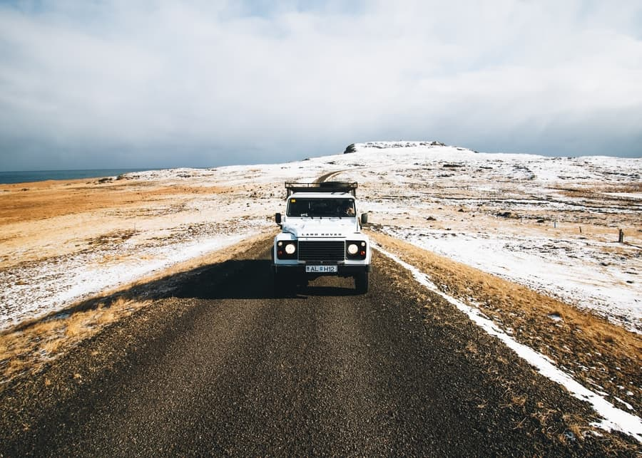 Types of fuel policies for rent a car in Iceland