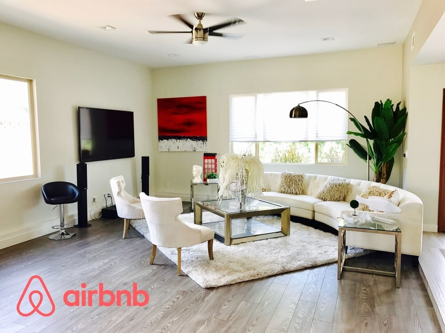 Rent apartments with Airbnb promo