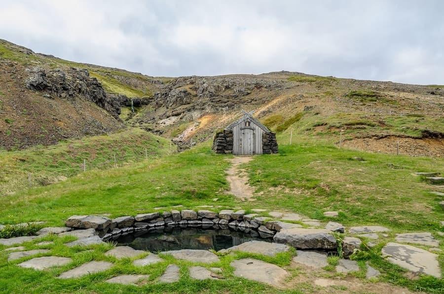 Guðrúnarlaug, hot springs Iceland free