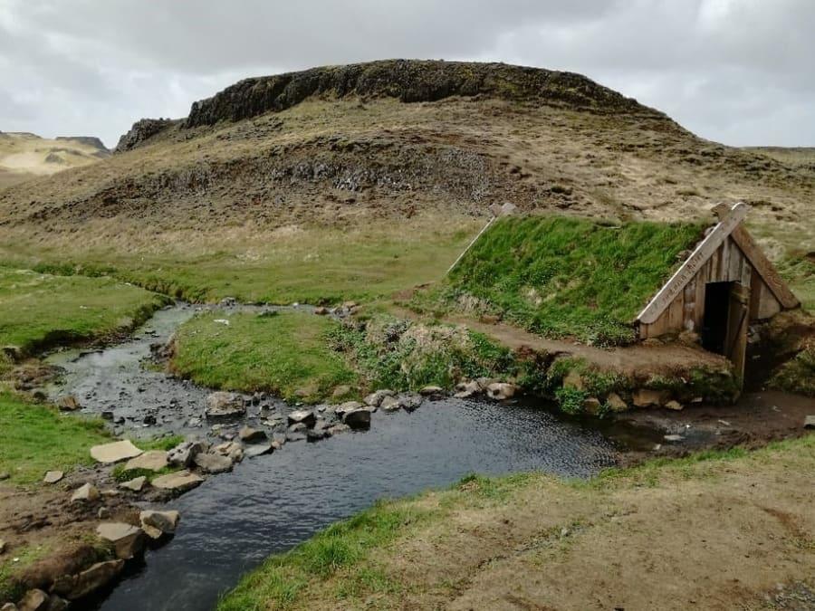 Hrunalaug, hot springs of Iceland