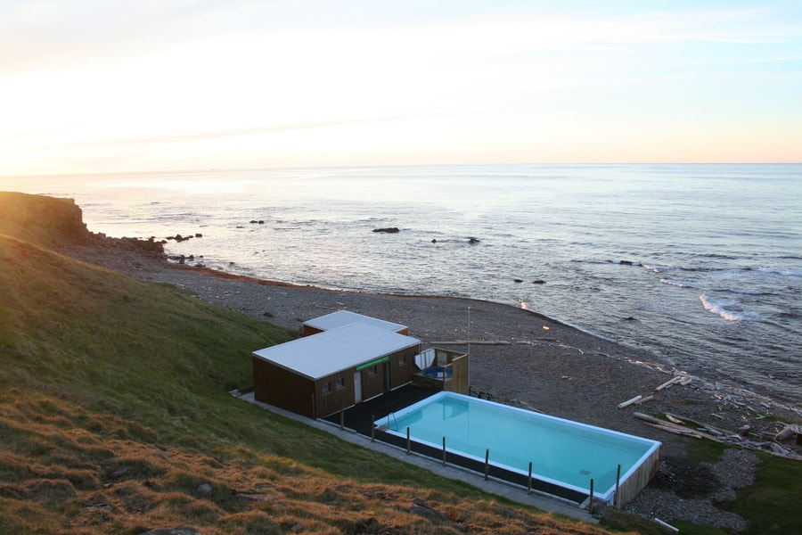 Krossneslaug, hot springs in Iceland