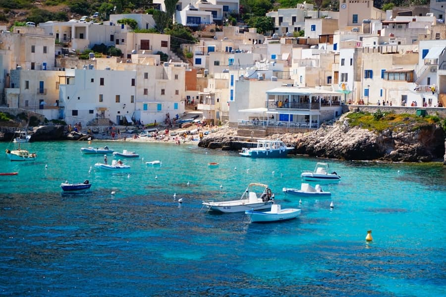 Aegadian Islands, places to see in Sicily