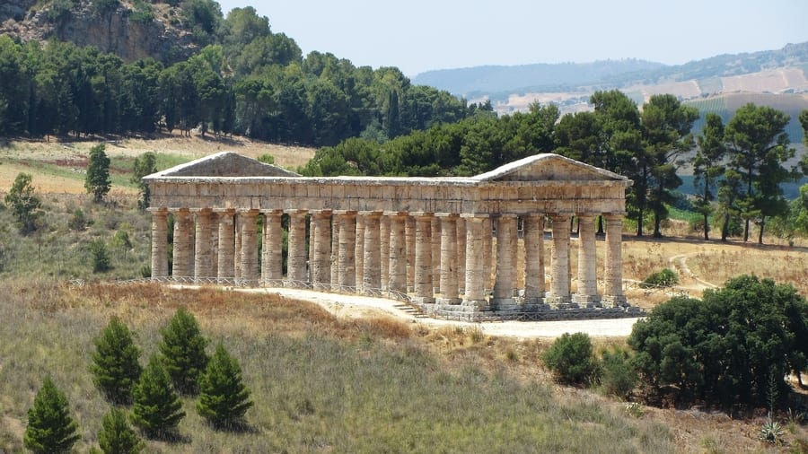 Segesta Temple, best places to go to in Sicily