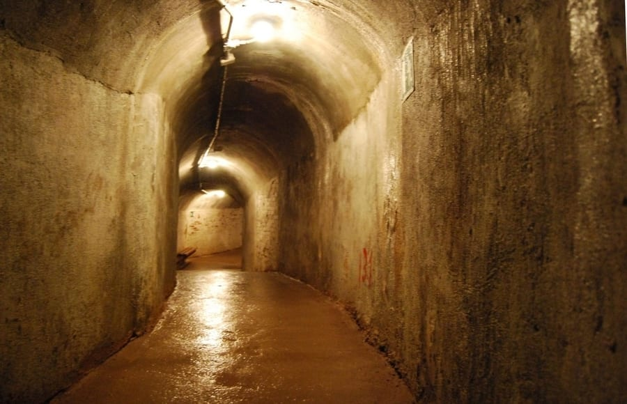 Air-raid shelters, areas to visit in Barcelona
