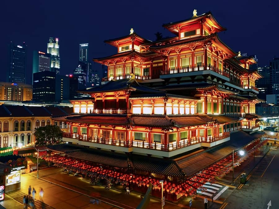 Buddha Tooth Relic Temple, things to see Singapore