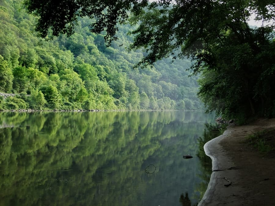 10. Delaware Water Gap, a beautiful place to go in New Jersey