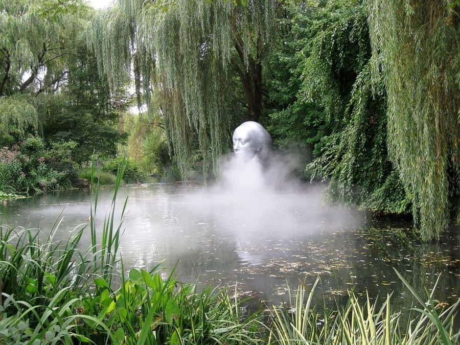 27. Grounds for Sculpture, an awesome attraction in New Jersey