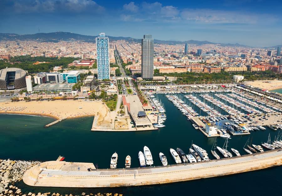 Visit Port Olímpic, best things in Barcelona