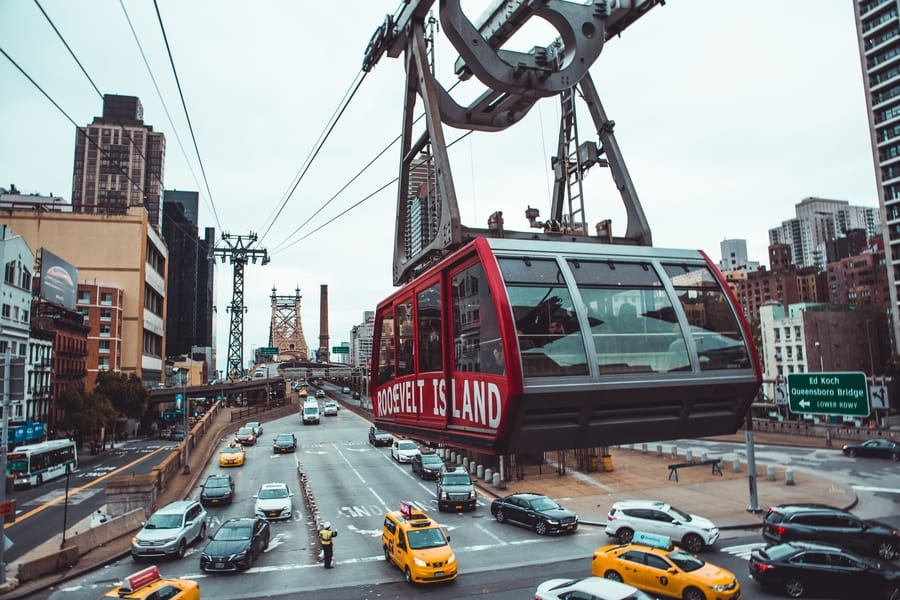 Ride the Roosevelt Island cable car, NYC attractions