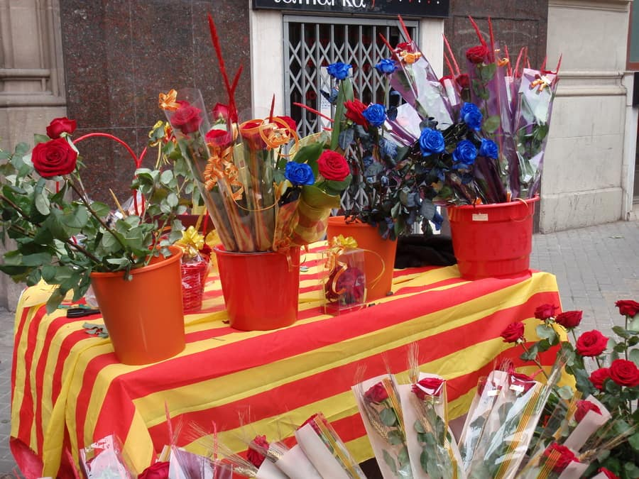 Sant Jordi Festival, things to do in Barcelona for couples