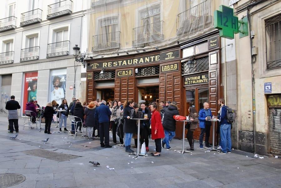 Tapear en Madrid, actividades que hacer en Madrid, España