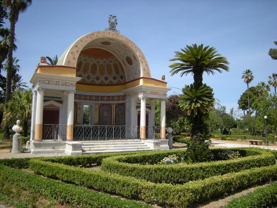 Villa Giulia, a cool thing to do in Palermo sicily