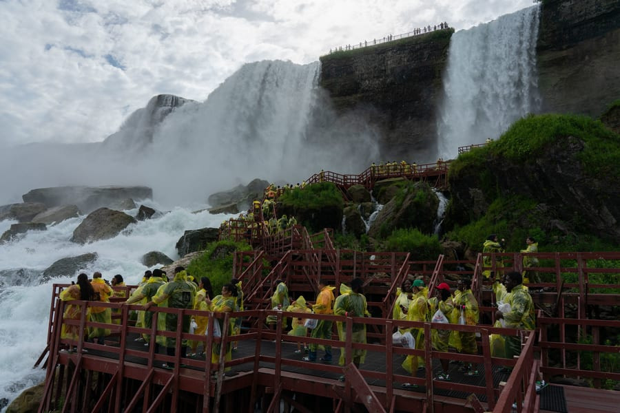 Cave of the Winds, travel tips for Niagara Falls