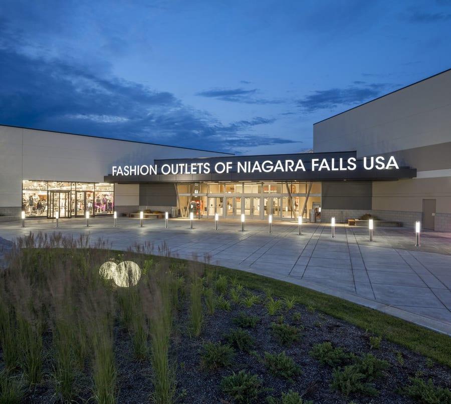 Niagara Falls Shopping Outlet Tour, fun things to do in Niagara Falls NY