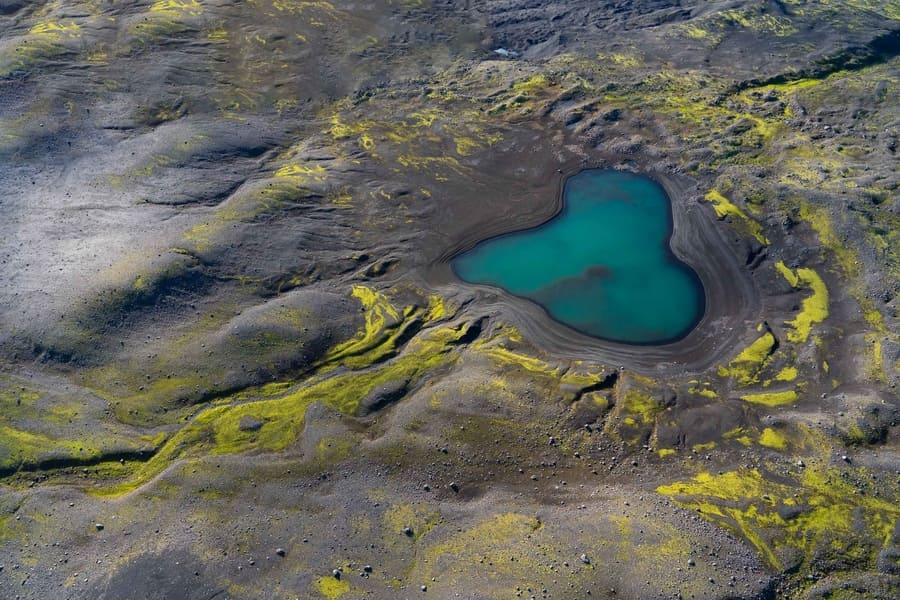 flying over iceland best tours