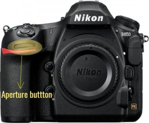 how to set the aperture on the camera