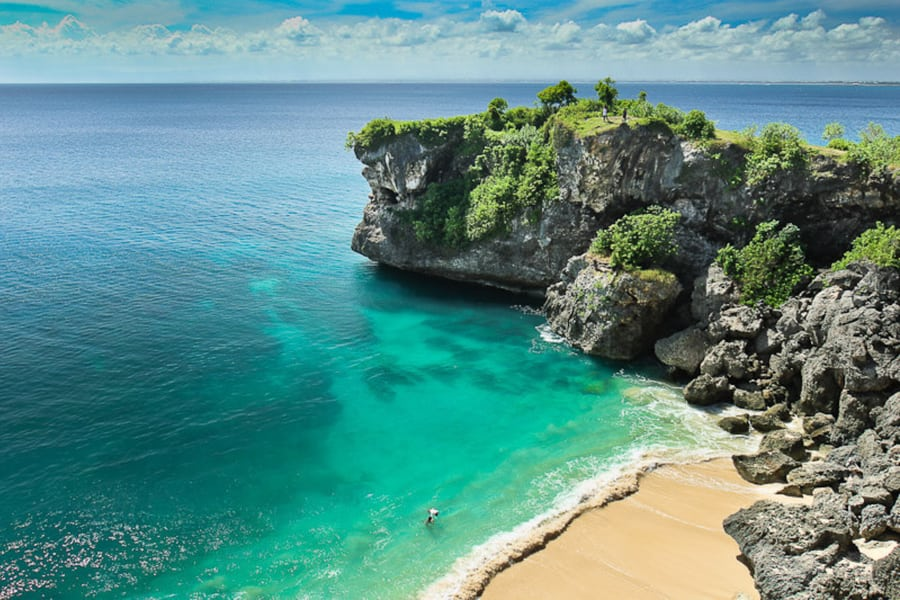 best things to do in bali visit the balangan beach