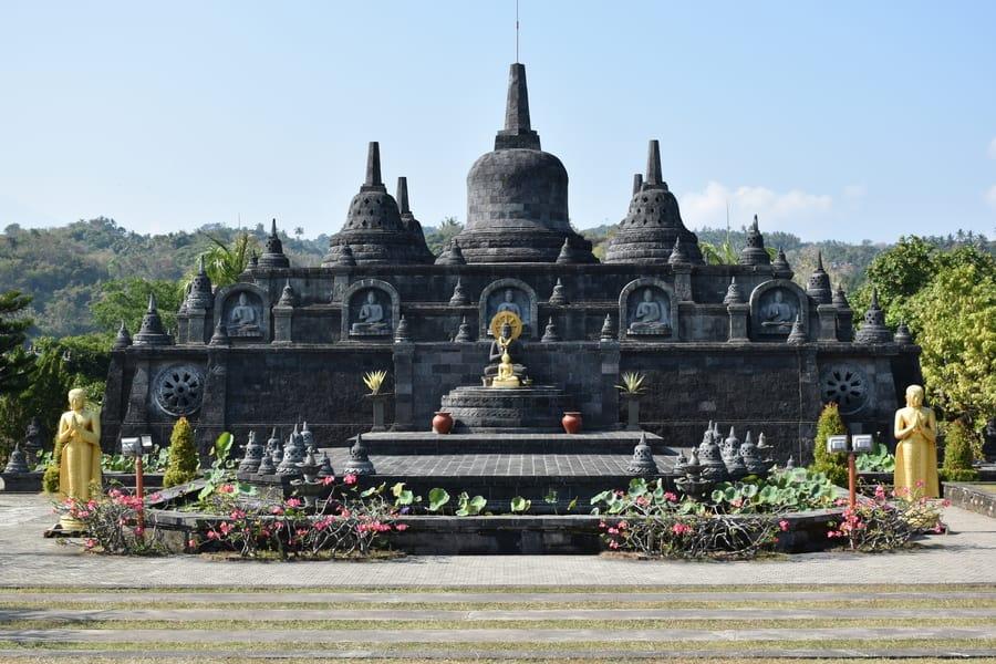 brahma vihara arama buddhist temple in bali