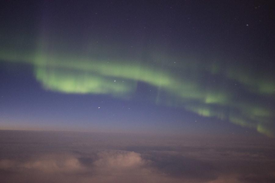 como ver auroras boreales desde el avión