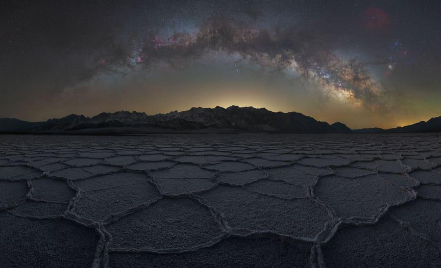 Cómo fotografiar el arco de la Vía Láctea