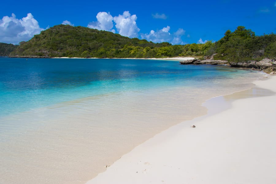 Tours and excursions in Antigua and Barbuda