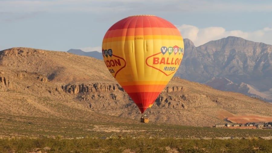 Hot air balloon ride, romantic things to do in Las Vegas