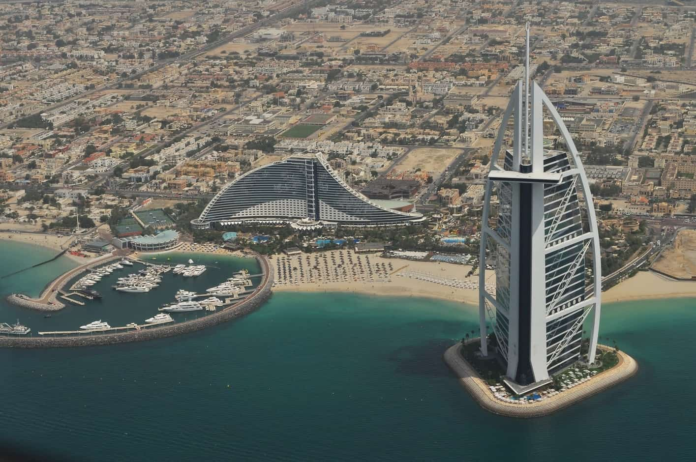 Is the United Arab Emirates open for tourism