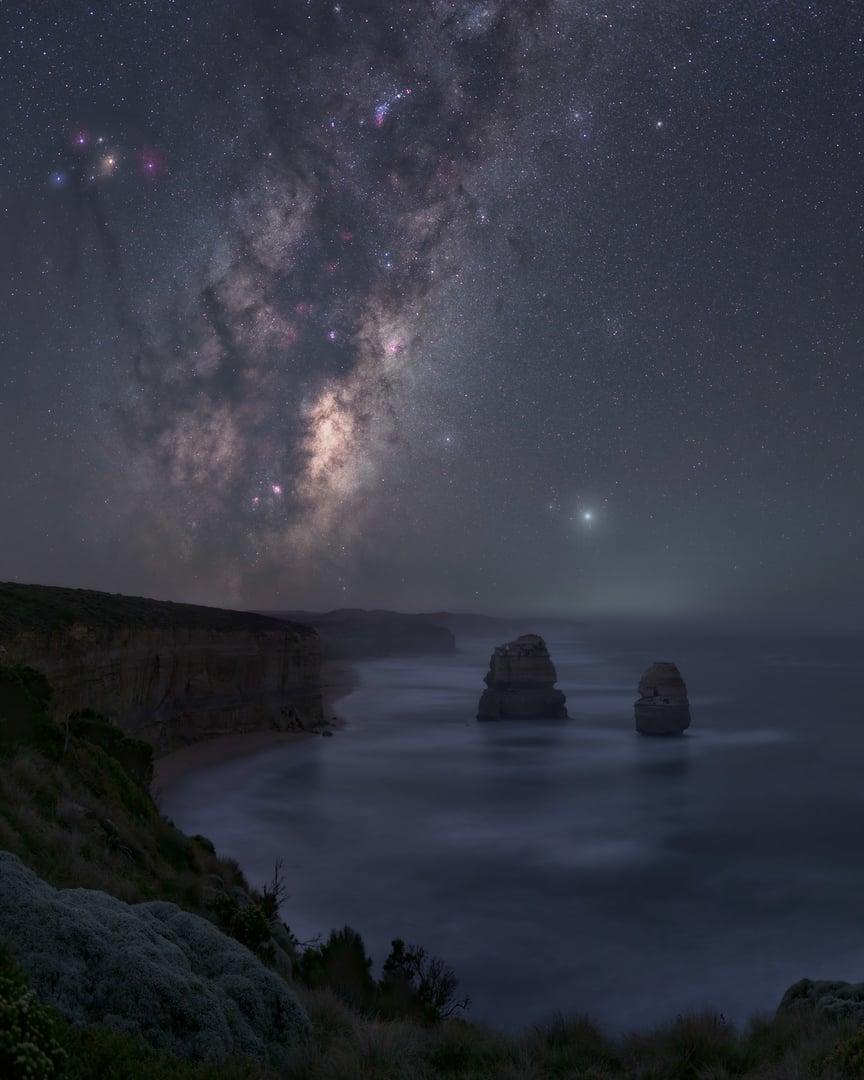 12 Apostles Milky Way image