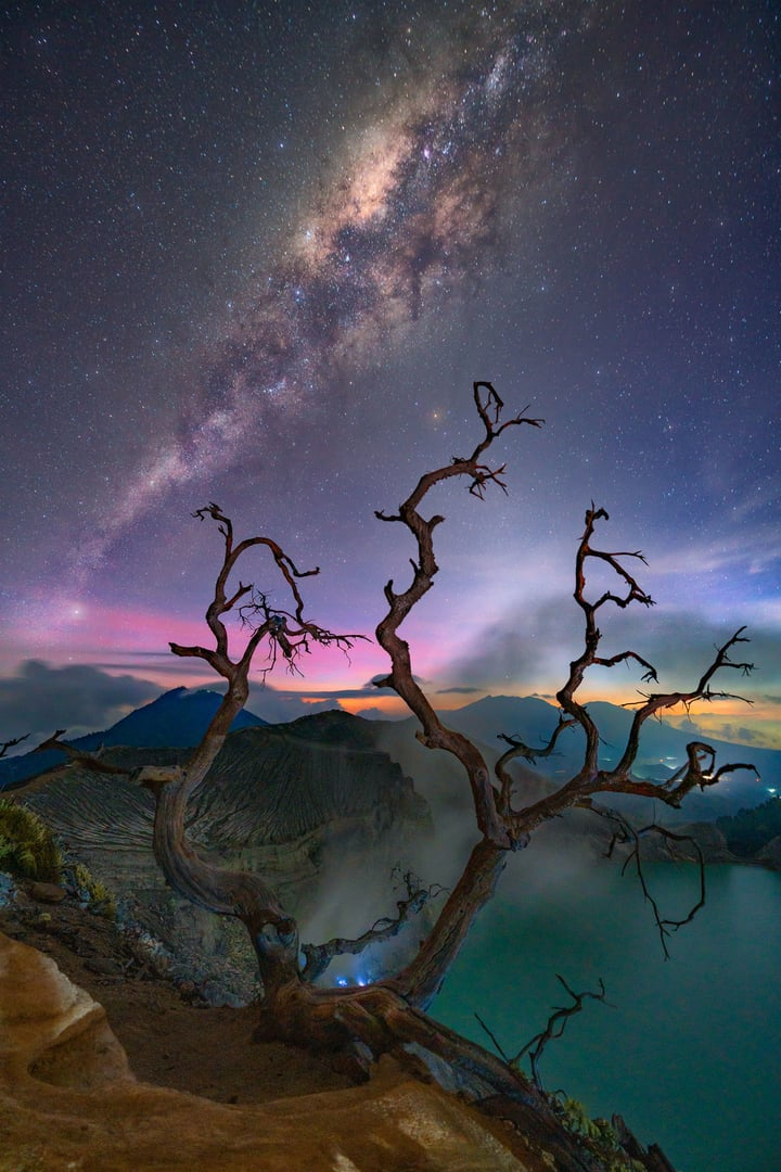 Milky Way volcano Indonesia