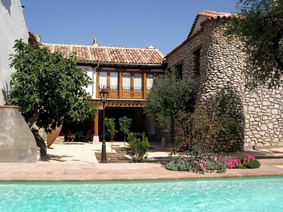La Casa del Tío Luis, casas rurales en Madrid con piscina