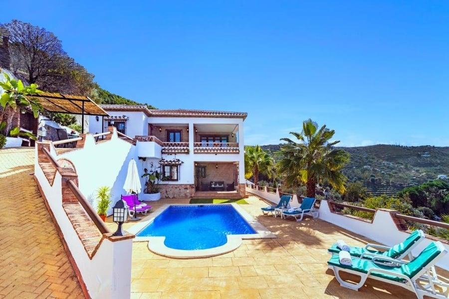 Holiday Home El Encinar, casas rurales en España con piscina