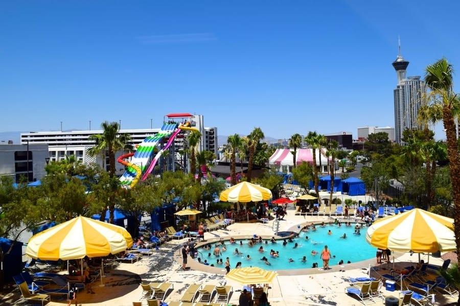 Splash Zone at Circus Circus, best pools in las vegas for families
