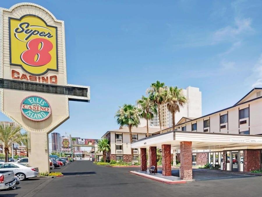 Ellis Island Hotel Casino & Brewery, discount Las Vegas hotels