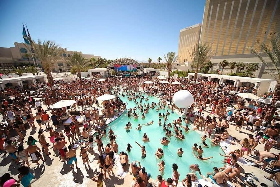 Wet Republic at MGM Grand, best pools in las vegas for adults