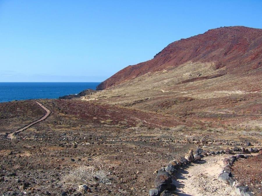 Montaña Roja, hiking on tenerife canary islands