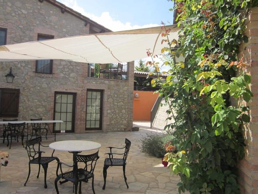 Casa Horta, casas rurales barcelona 1 noche